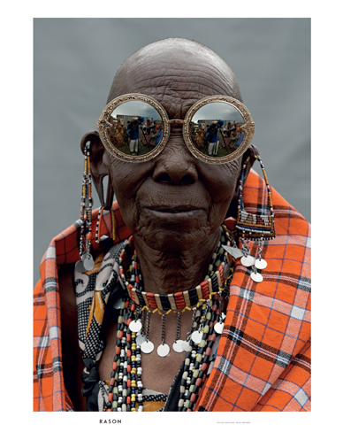 Rason (Maasai Beader) wears Orbit Filigree in Gold Glitter.